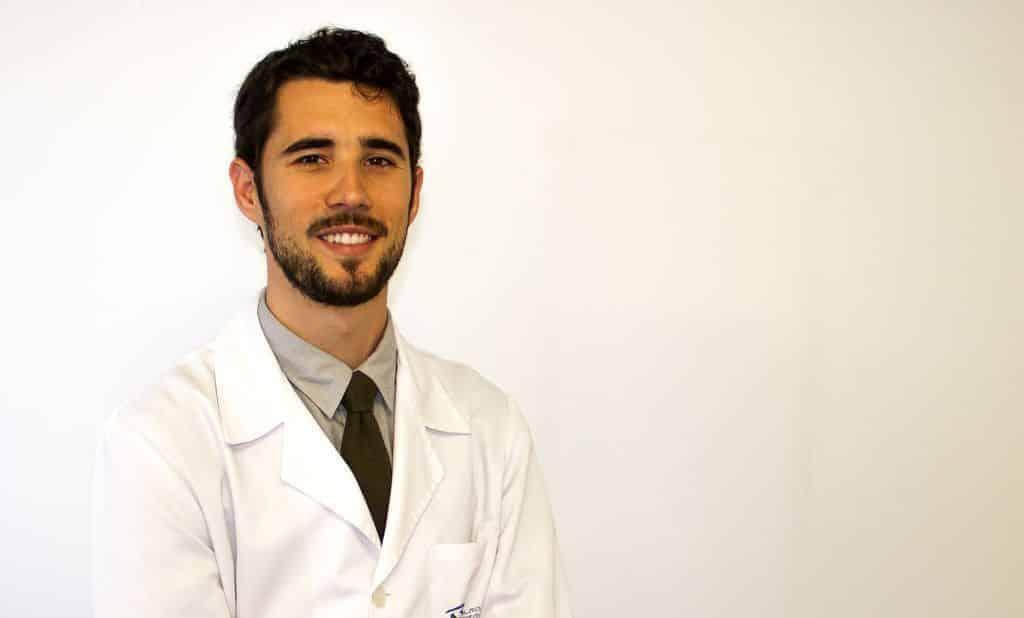 dr infiesta oftalmologo barcelona