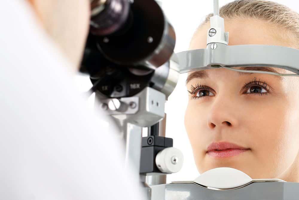 diferencia entre oftalmologo, oculista y optometrista