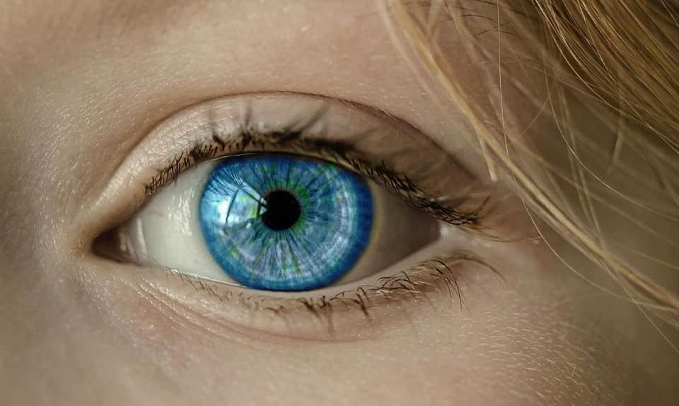 cirugia refractiva corneal