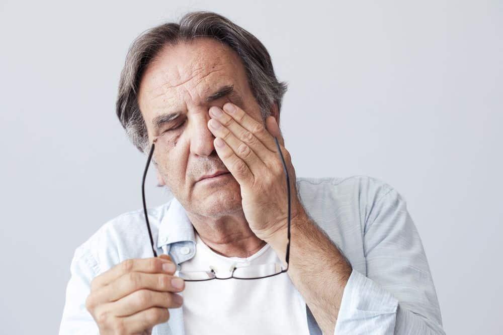 Síntomas y tratamiento para la migraña ocular o migraña oftálmica