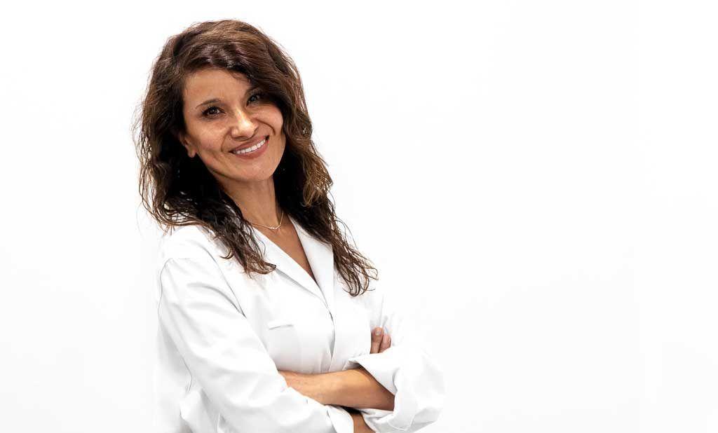 Alejandra Tapia oftalmologista estética ocular