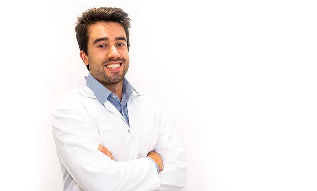 Dr Roberto Catro oftalmologo