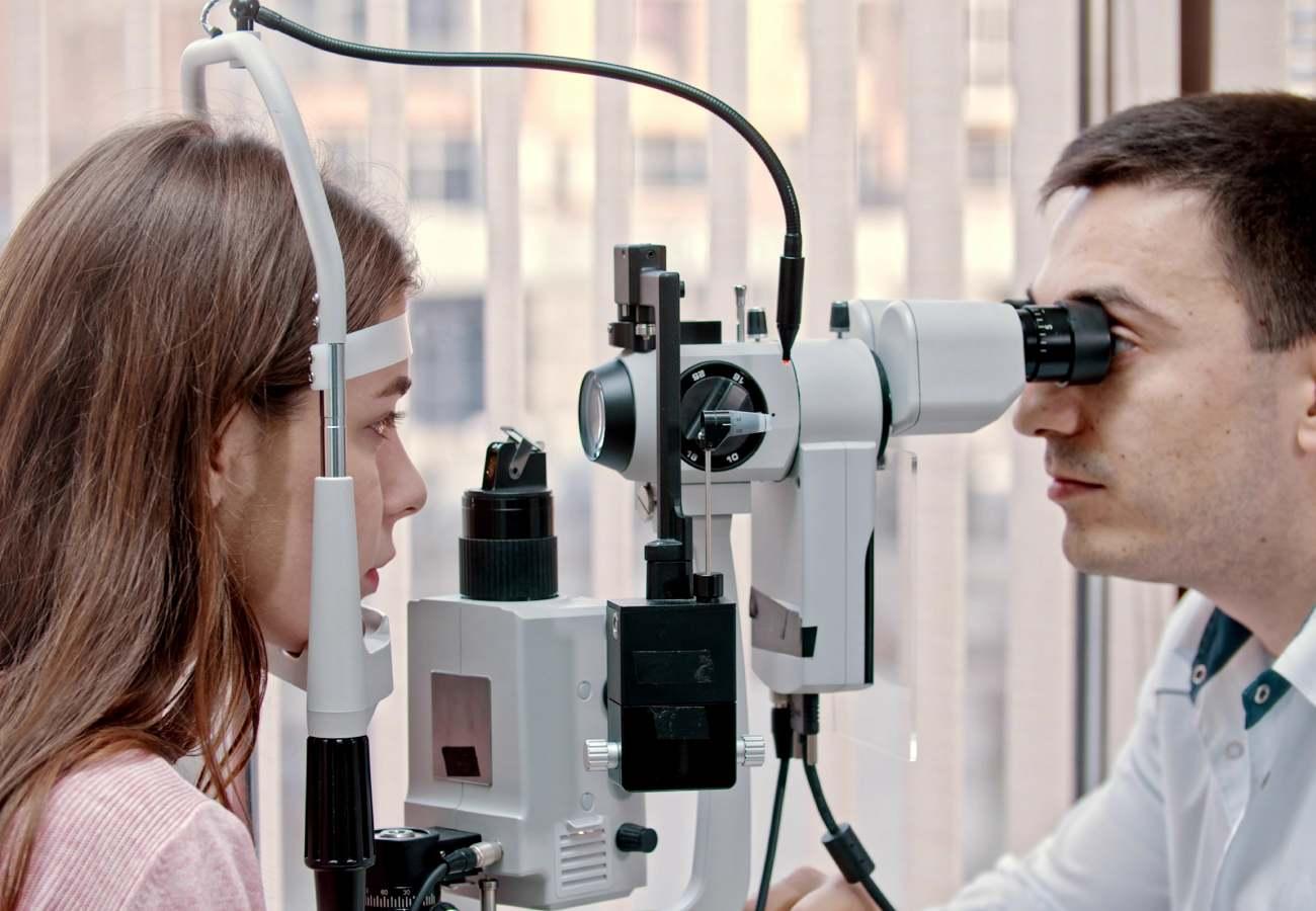 operacion astigmatismo hipermetrópico