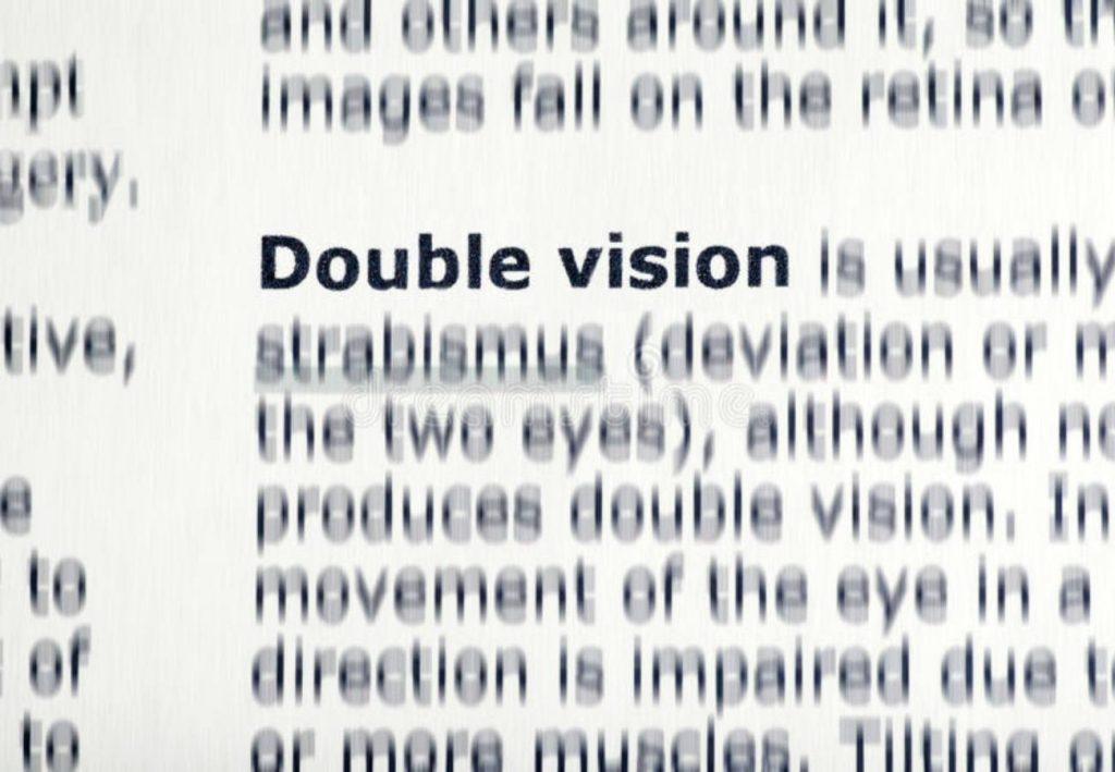 causa visão dupla