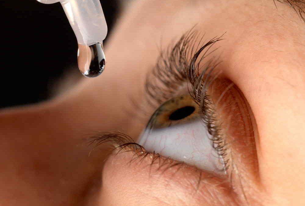 Gotas para el ojo seco de la propia sangre del paciente