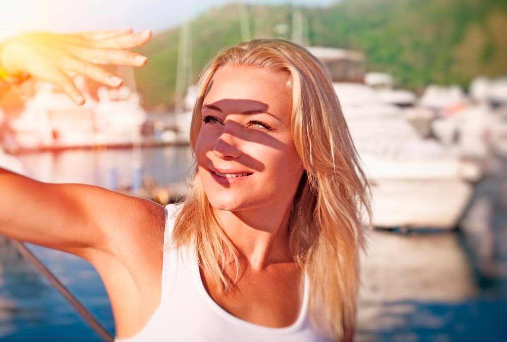 Ojos y Verano: problemas del sol en los ojos