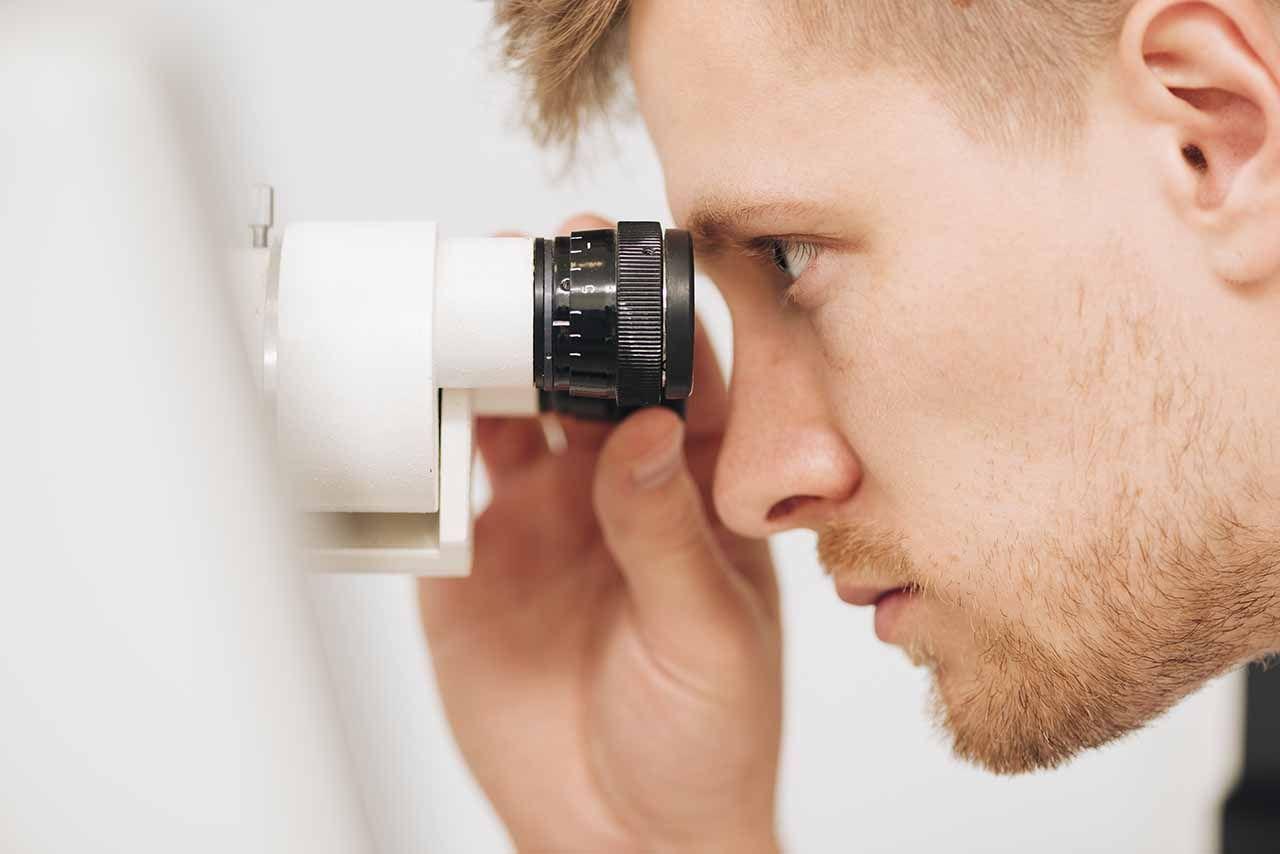 revision ocular